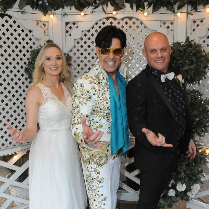 Renewal Of Vows The Elvis Wedding Chapel