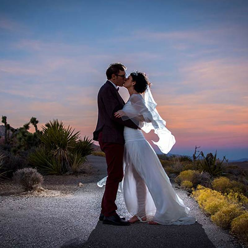 Red Rocks Wedding: Elvis Weddings Las Vegas